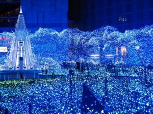 """Blue Ocean""illuminations in Caretta Shiodome"