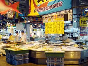 """""""TORETORE-ICHIBA"""" Fish Market."""