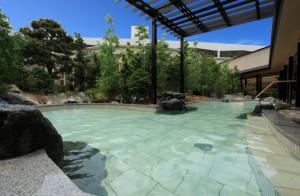 The Hotel Wellseason Hamanako; Men's Outdoor Bath in the hotel garden.