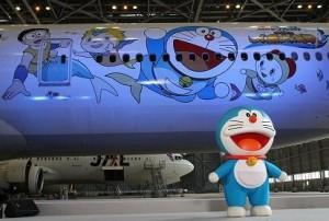 """Doraemon Jet"" Boeing 777-300"