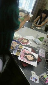 Tomoko-san drawing Nigaoe pictures for us