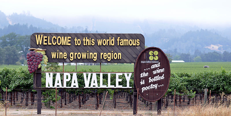 800px-Napa_Valley_CA_Photo_D_Ramey_Logan_01